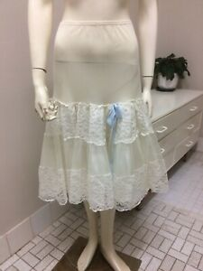Original Vintage 50s Petticoat, Full Skirt Petticoat Lingerie, Pinup Rockabilly