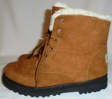 SQL, LADIES (( NEW )) BROWN SUEDE, FUR LINED ANKLE BOOT, SIZE 40 M