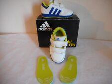 Adidas ZX Flux Baskets taille 11 Kids Entièrement neuf dans sa boîte vert kaki unisexe