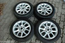 Kompletträder fürs Auto mit Mini-Pirelli Lochzahl 5