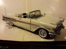 Franklin Mint Pontiac 1957 Bonneville 1:24 Scale Die Cast Precision Models P1