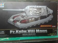 Trumpeter 1:35 Pz.Kpfw.VIII Maus With Interior Tank Model Kit