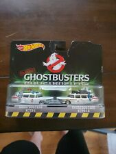 Hot Wheels Retro Entertainment Classic Ghostbusters Ecto-1 and Ecto-1A Set