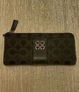 COACH Ladies Wallet - Black Leather and Canvas