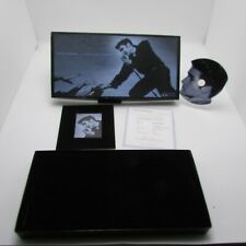 Elvis Presley Limited Edition Shaped CD #3832 of 10,000