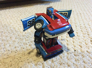 Vintage Hasbro Transformers  1985 G1 SMOKESCREEN Action Figure