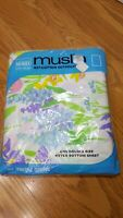 Montgomery Ward NOS Style House Fitted Double Sheet Purple Blue Pink Floral Iris