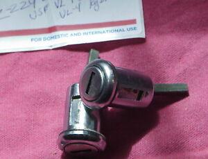Volvo Door Locks With Keys for 1967-1974 140,1969-1975 164,1975-1977 240/260's.