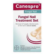 Trattamento per unghie fungine Set urea Unguento è per la prima volta immessi sul infette dell'unghia