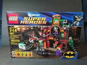 Lego DC Super Heroes 6857 The Dynamic Duo Funhouse Escape BRAND NEW MINT
