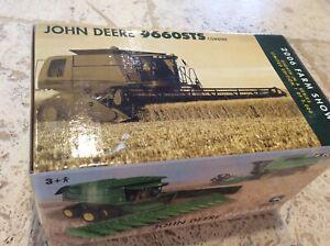 Ertl 2006 Farm Show Limited Edition John Deere 9660STS Combine 1/64