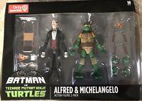 Batman vs TMNT Exclusive Alfred & Michelangelo Nickelodeon DC 2-pack New