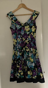 review 8 Floral Dress