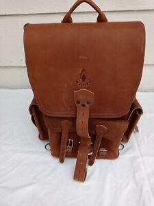Saddleback Leather Co Full grain leather Backpack Lt Brown large front pocket