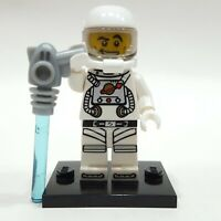 "LEGO Collectible Minifigure #8683 Series 1 ""SPACEMAN"" (Complete)"
