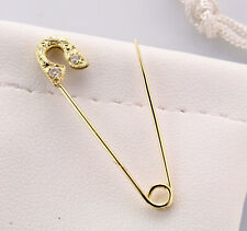 18k yellow gold safety pin Diamond brooch hand engraved (0.05ctw Diamonds)