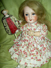 Charming antique bisque sockethead, Unis France 301 E T orig. fully jointed doll