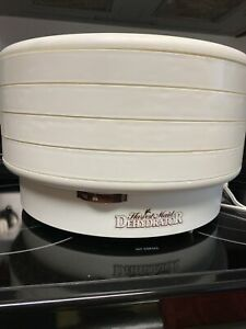 Harvest Maid Snackmaster Dehydrator Model FD-50 4 Tray Expandable to 12  USA