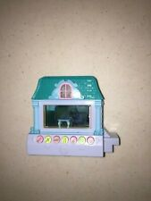 Mattel 2005 Pixel Chix Blue House Cottage Green Roof Electronic Toy Tested Works
