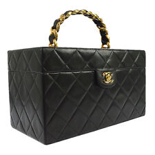 CHANEL Quilted CC Chain Cosmetic Vanity Hand Bag Black Leather 2348842 B31762b