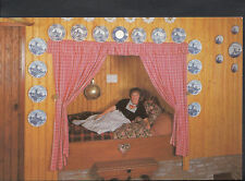 Netherlands Postcard - Alida Hoeve, Volendam - De Bedstee   B2660