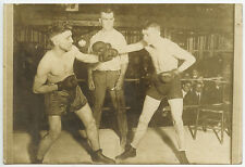VINTAGE BOXING MATCH IN ACTION, BOXING RING, GLOVES, REFEREE, EARLY PHOTO