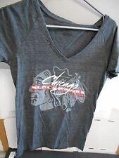 Chicago Blackhawks Ladies Size Medium T-Shirt. Black Heathered VNeck T.  N342