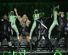 Fergie, Will.i.am, Taboo & apl.de.ap UNSIGNED photo - H761 - The Black Eyed Peas