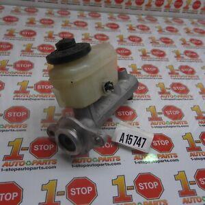 1995-1998 LEXUS ES300 3.0L BRAKE MASTER CYLINDER 47201-33130