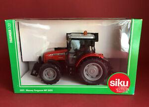 SIKU 1/32 Massey Ferguson 5455 Tractor No3051 MIB