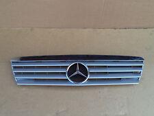 Mercedes A190 W168 Frontgrill Grill 1688801283 silber Kühlergrill  96tkm