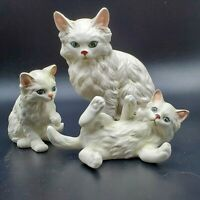 "Set of 3 Vintage Ceramic White Playful Mama Cat & Kittens JAPAN 5.5"", 3.5"", 2.5"""