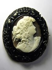 STUNNING ANTIQUE WHITBY JET ITALIAN NATURAL SHELL CAMEO BROOCH FLORA GODDESS