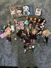 bratz doll lot Sold As Is