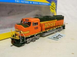 Athearn HO Gauge BNSF GP60M Diesel Loco 105 Box 88827 DCC Ready