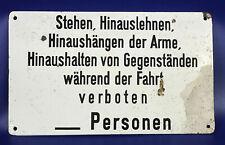 """originales EMAILLESCHILD: """"Stehen, Hinauslehnen, Hinaushängen der Arme usw."""""""