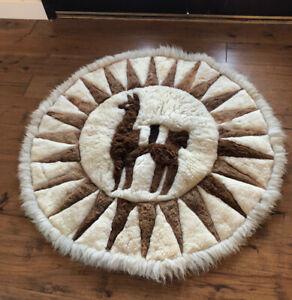 """Llama Alpaca Fur Throw Rug Wall Hanging or Floor Handmade Round 50"""" Across"""