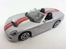 Bburago 1:43 Shelby Series ONE silber Street Fire