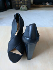 Badgley Mischka black platform stretchy satin top leather comfy sole sz. 6.5M