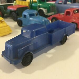 """Dillon Beck Wannatoy Vintage 60s Hard Plastic Blue Pick Up Delivery Truck 5"""" USA"""