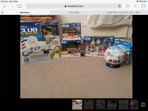 """Club Penguin Lot. Igloo, Snow Trekker, 30+ 2"""" Figurines, Aqua Grabber, 3D Puzzle"""