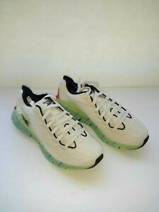 New Reebok Zig Kinetica alabaster unisex sneakers Size M 9.5/W 8 (FV3861)