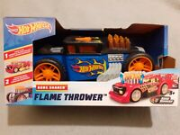 HOT WHEELS FLAME THROWER MOTORIZED WITH LIGHTS AND SOUND PLASTIC MODEL CAR