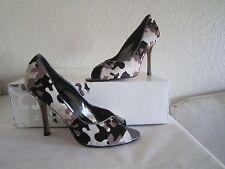 Manolo Blahnik Black Gray White Camouflage Pony Hair Open Toe Pumps Sz 371/2 Us7