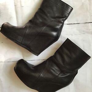 Rick Owens Black Pull on Platform Boots Size 8 High Heels