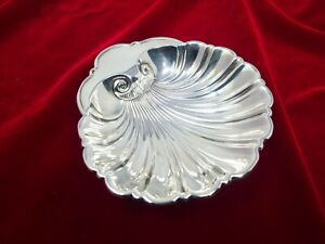 "Gorham Sterling Shell Footed BonBon Dish 5"" 92 grams Number 10"