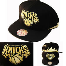 Mitchell & Ness New York Knicks Snapback Hat Metallic Gold Logo & Sharks teeth