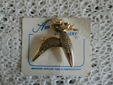 Vintage Retro Brooch Gold Coloured Metal Deer