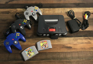 Nintendo 64 System Console Bundle  3 Controllers Expansion Pak 2 Games TESTED