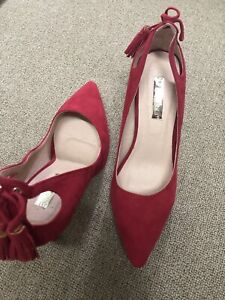 Red Suede shoe size 8